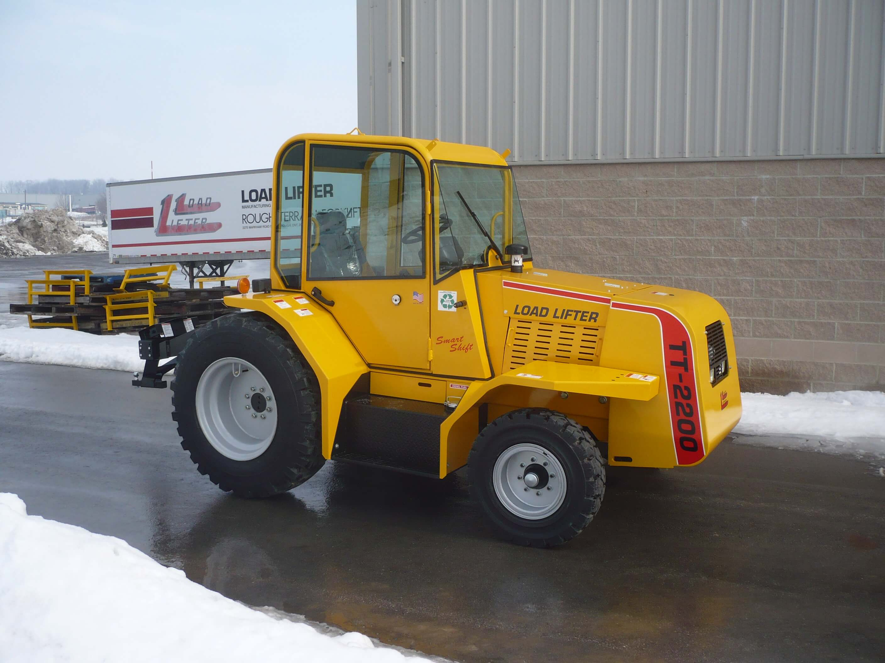 Load Lifter Tow Tractor