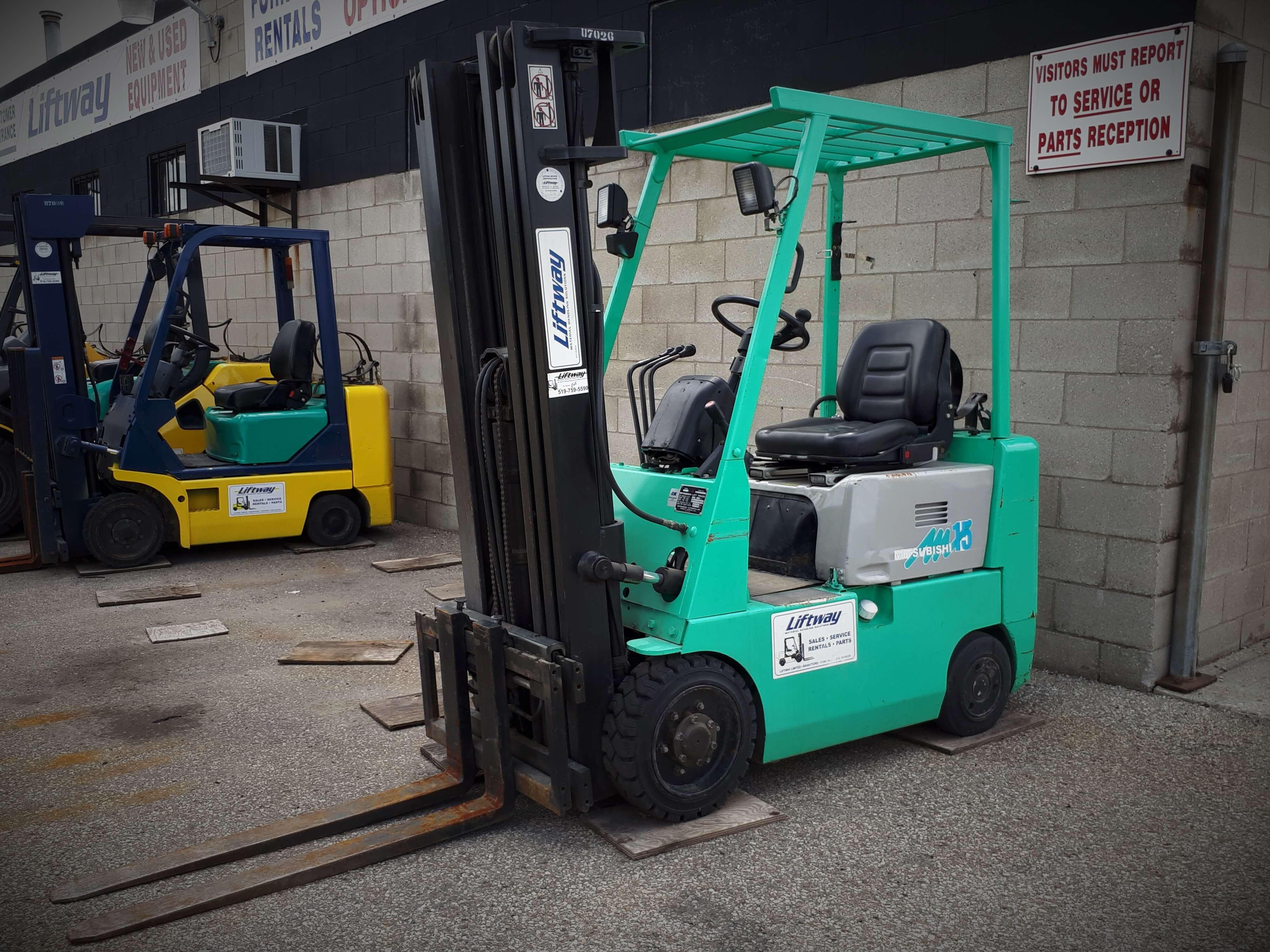 Mitsubhishi FGC15 Used Forklift